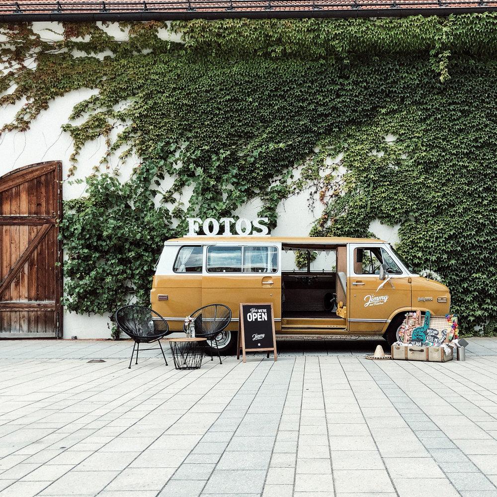 Jimmy-Fotobus-Fotobulli–Fotobox-Startseite-V04.jpg