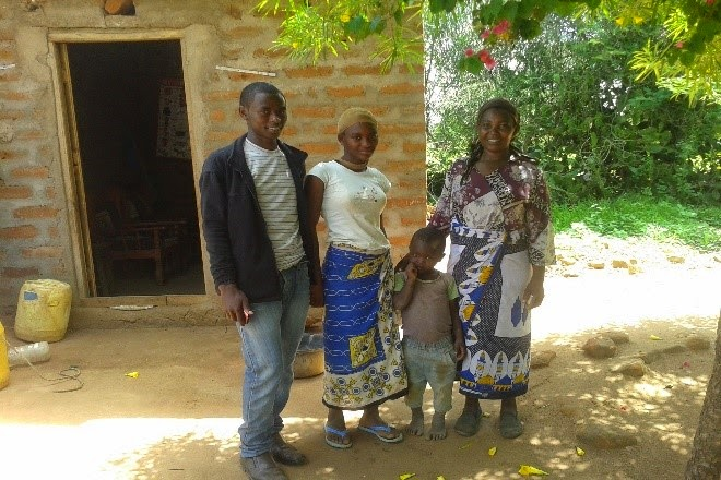 Ishmael together with his mother and siblings.