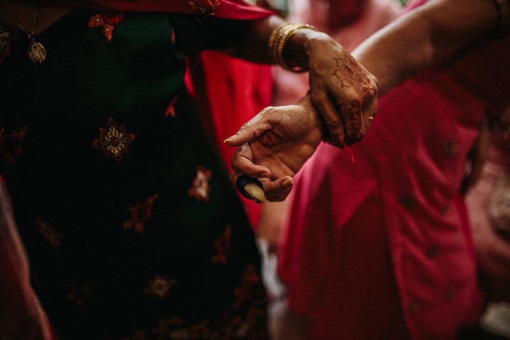 Punjabi wedding photographer (48 of 150).jpg
