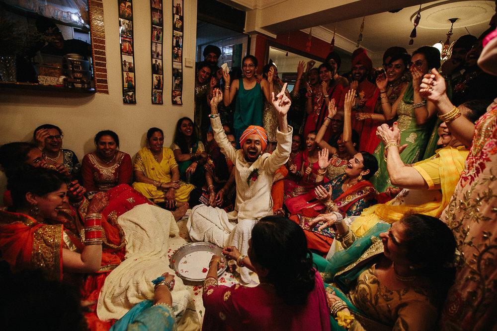 Punjabi wedding photographer (100 of 150).jpg