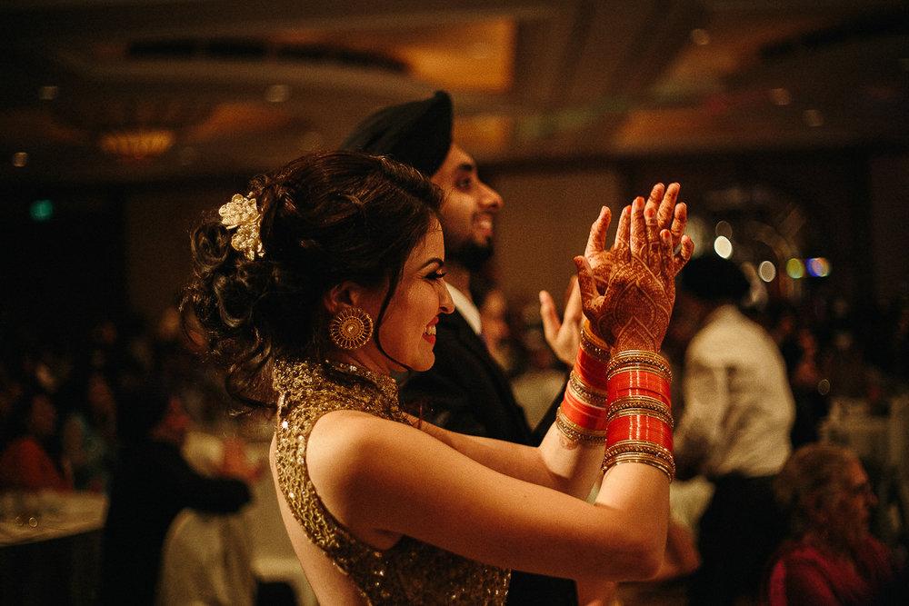 Punjabi wedding photographer (136 of 150).jpg