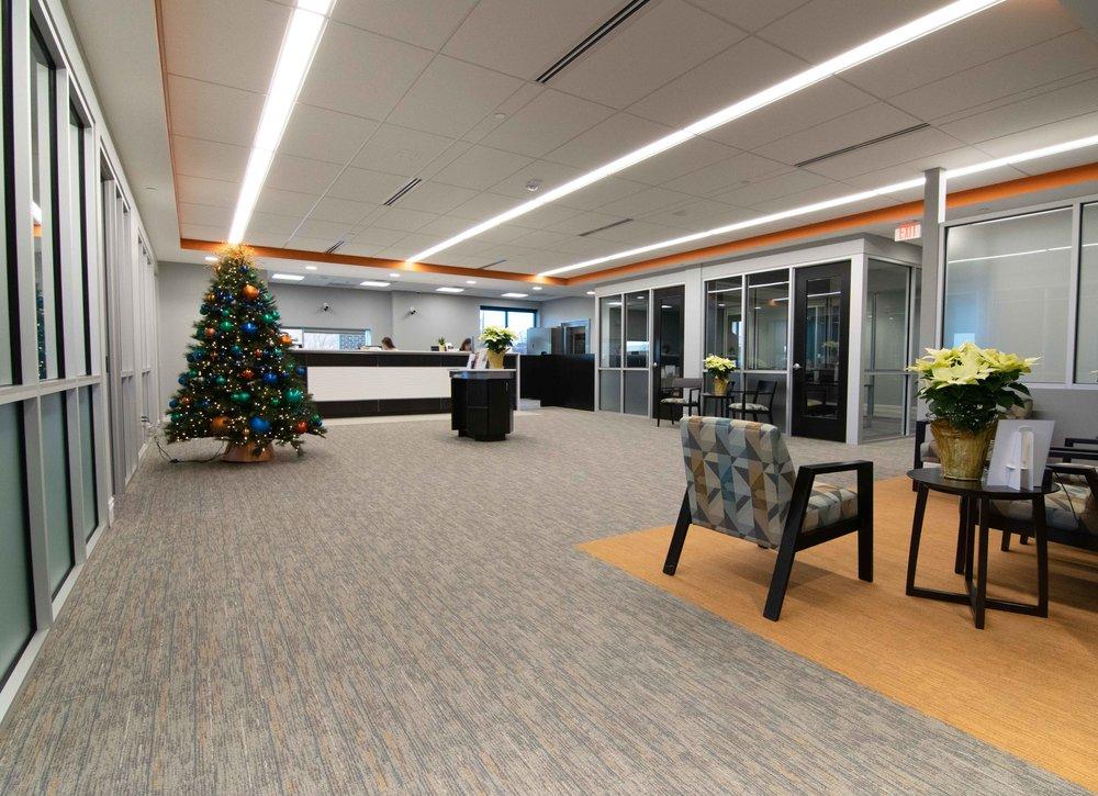Lobby-Front-Desk_2.jpg