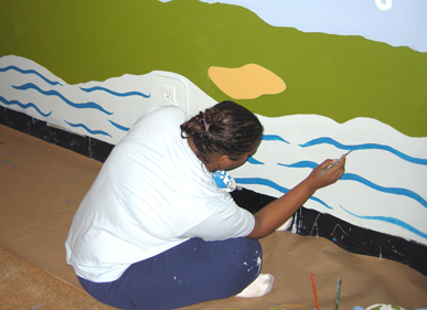 04Mural in progress387p.jpg