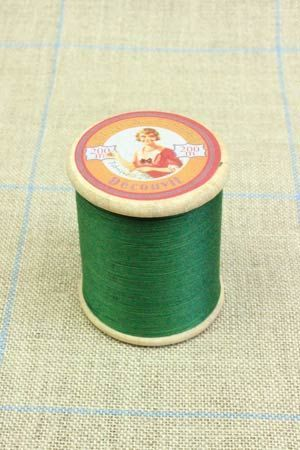 three-fil-au-chinois-thread-display-90-cotton-thread-spools-100m.jpg