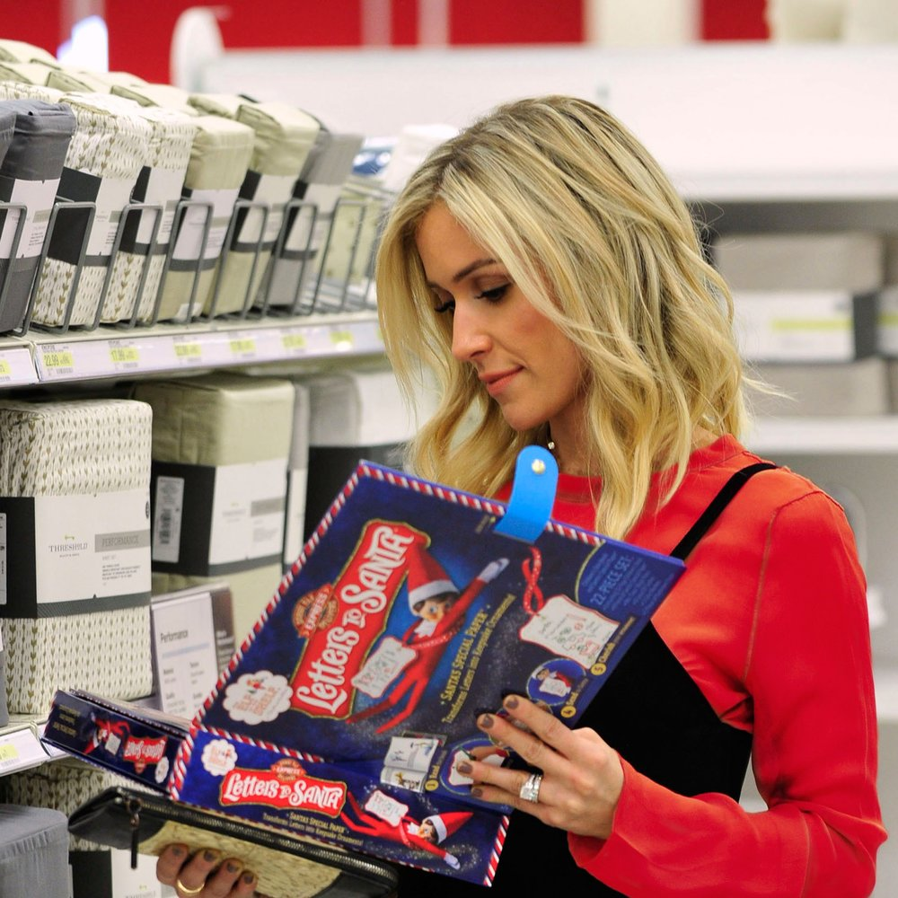 KRISTIN CAVALLARI X ELF ON THE SHELF