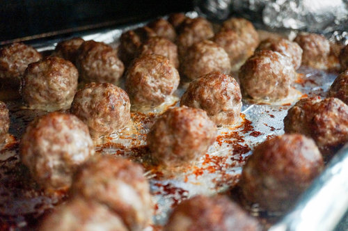 Juicy, delicious meatballs out of the oven.
