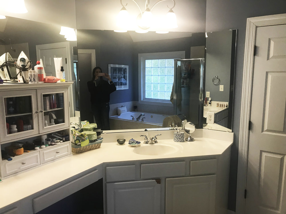 BARTONS MASTER BATH BEFORE3.jpg