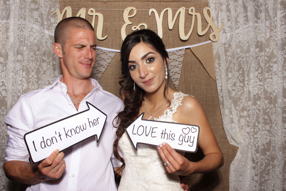 SnapStation - Sophia and Stephen wedding 1.jpg