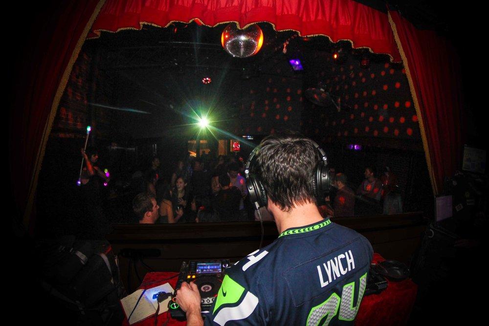 DJ_web.jpg