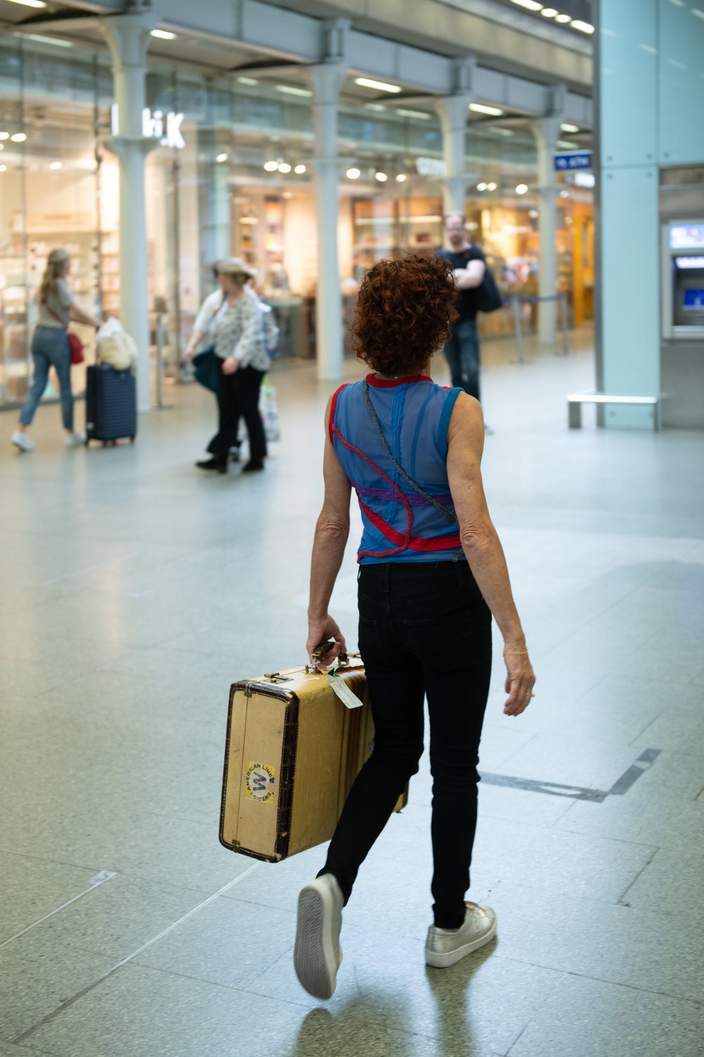 _Jody with one suitcase (1).jpg