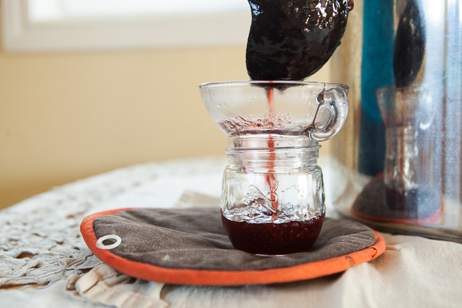 Pouring jam