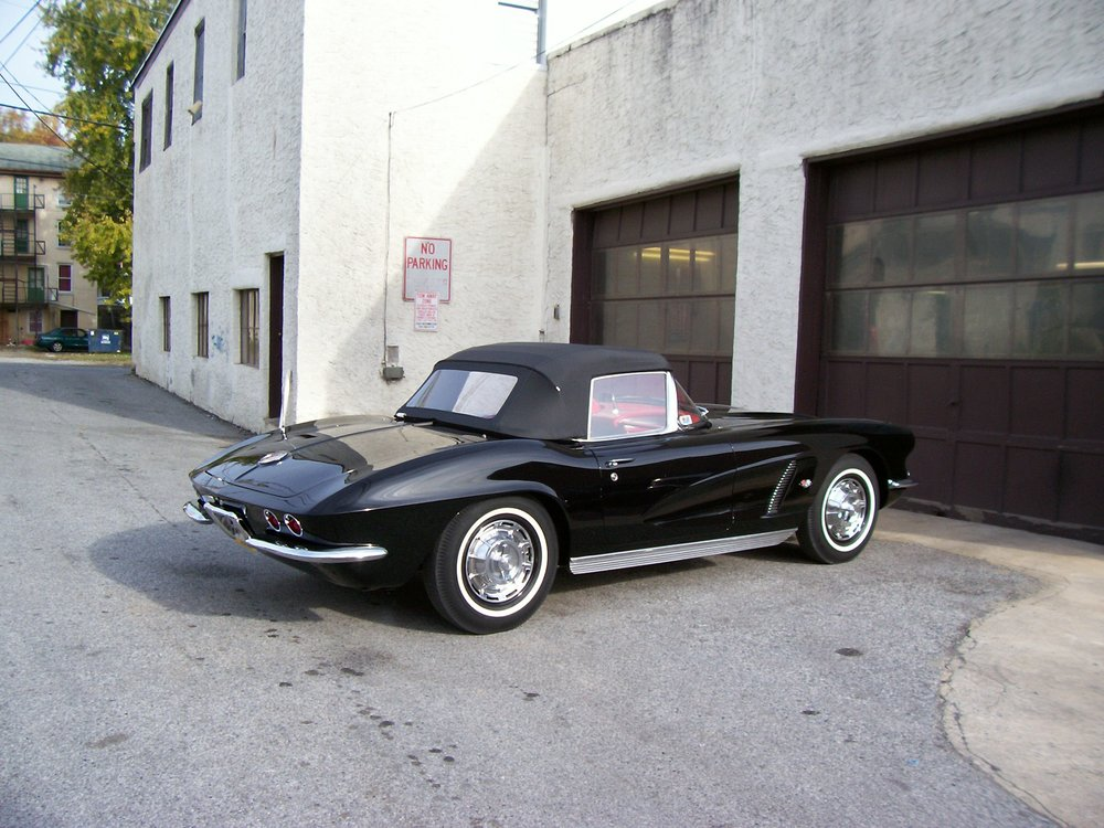 66-chevy-corvette black convertible salvo brothers