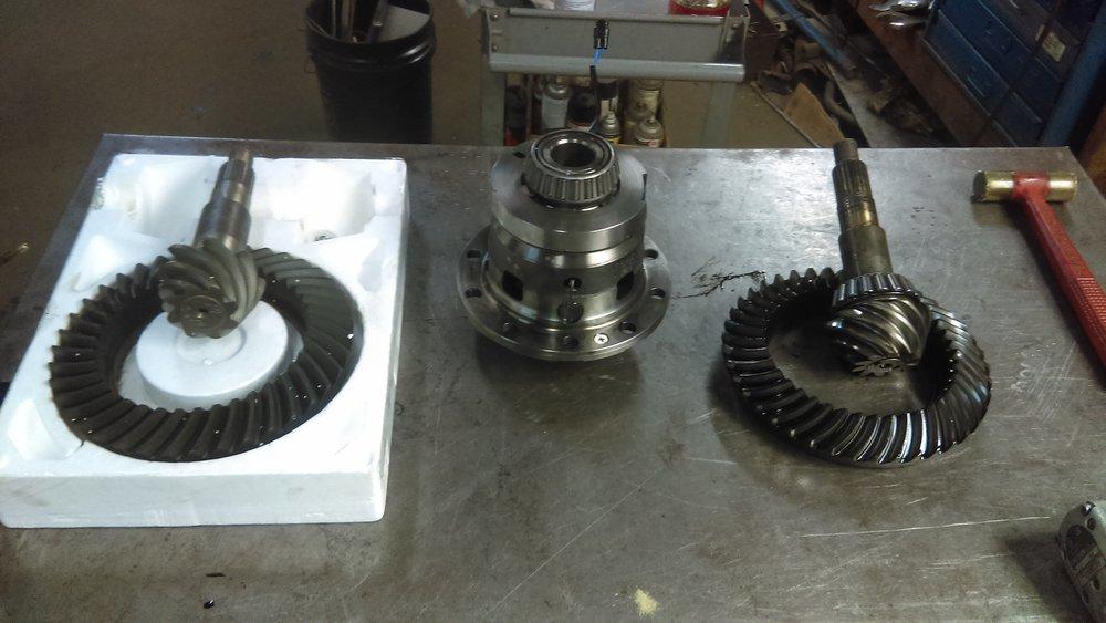 Dana 44. 4.88s gear
