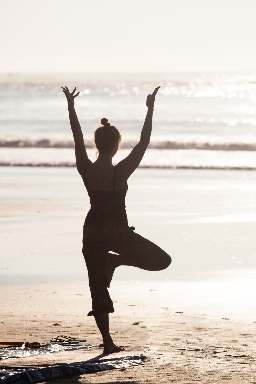 yoga_on_york_beach_mountain_0041.jpg