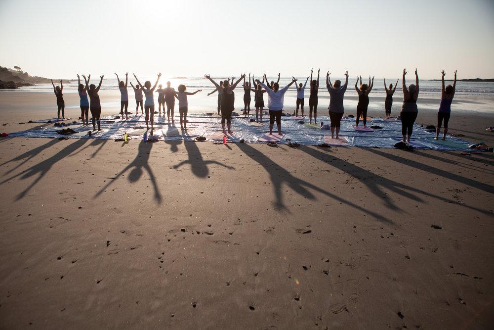 yoga_on_york_beach_mountain_0036.jpg