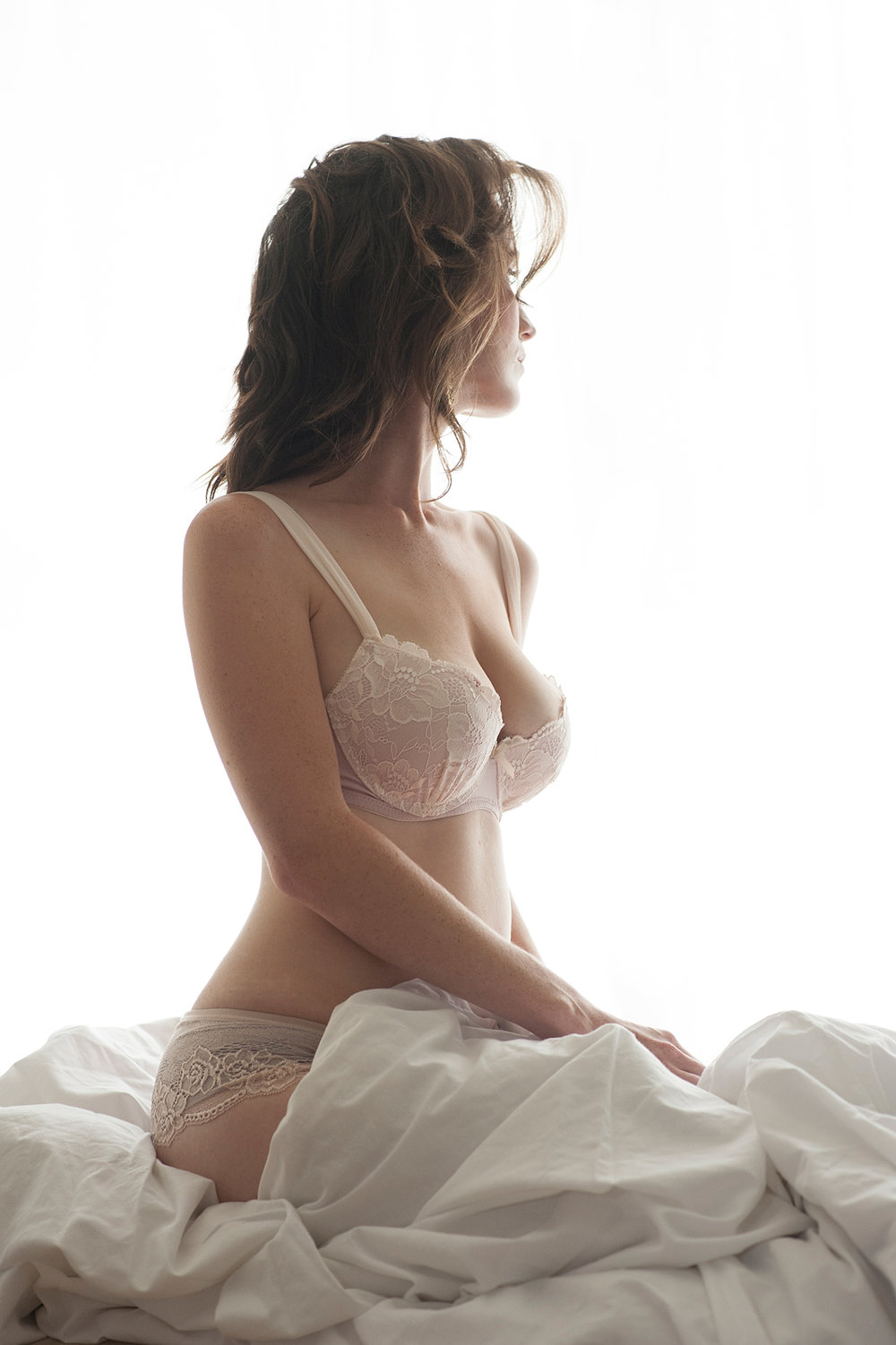 19-bra-panties-backlit-bed-blanket-looking-away-artistic-boudoir.jpg