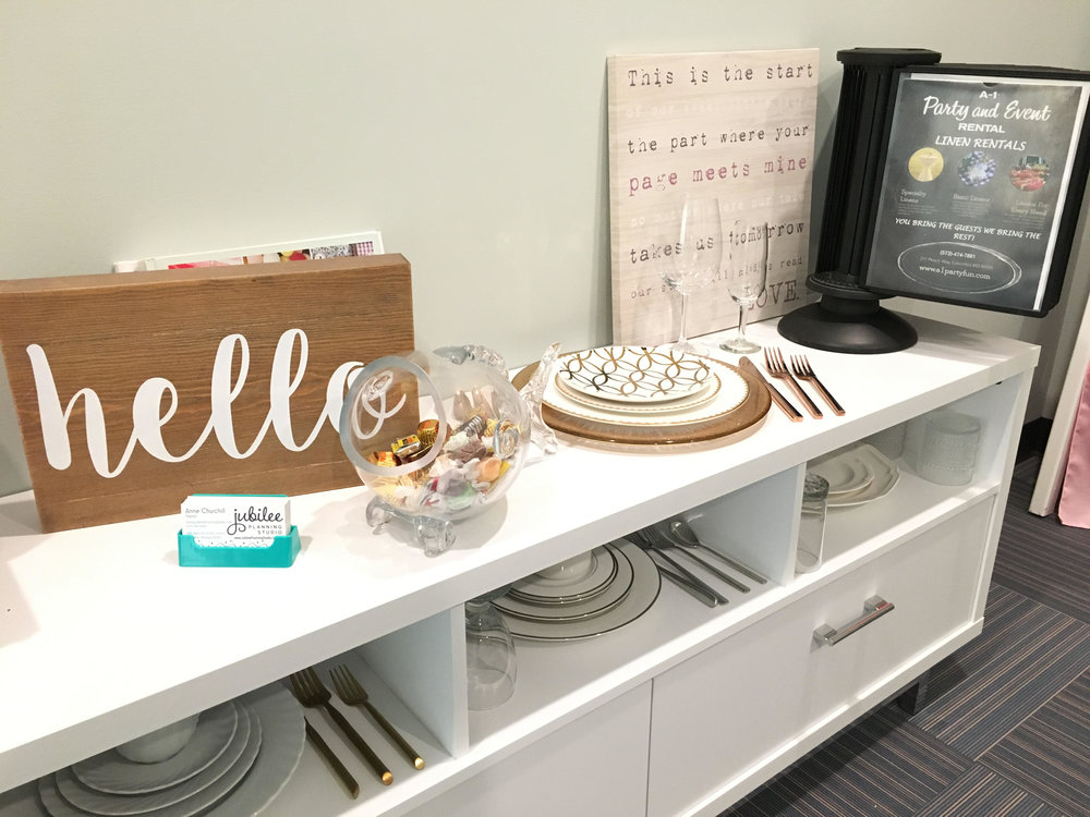 Tableware Display