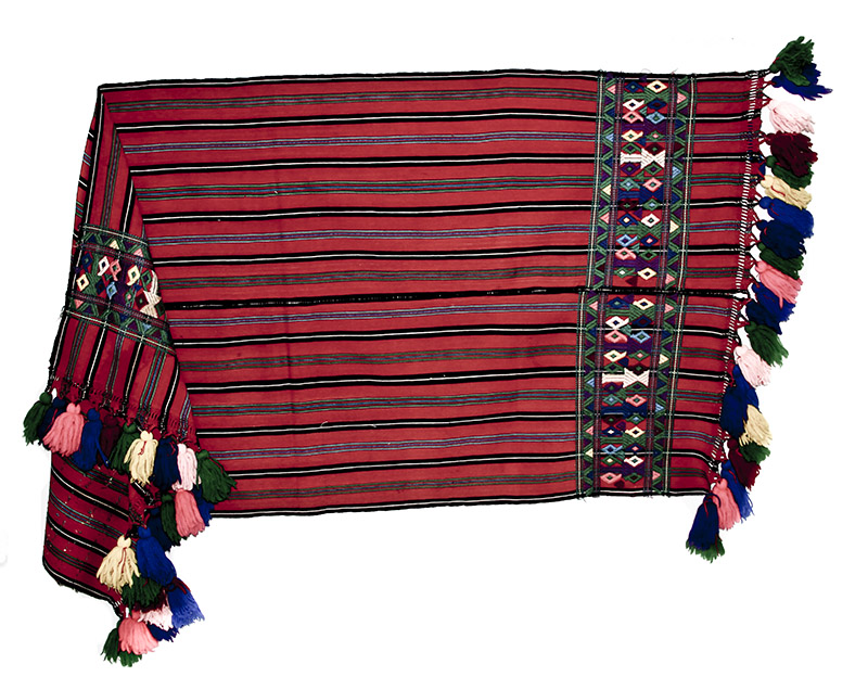 Shawl San Juan Cotzal, Quiché Ixchel Museum Collection: Julia de Plocharski (P-393)