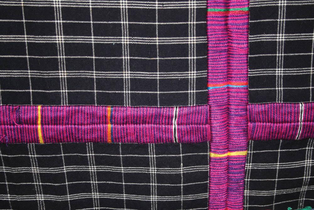 Detalle de randa corte San Juan Sacatepéquez, Guatemala P-618 ©Archivo Fotográfico Museo Ixchel del Traje Indígena Fotógrafo. Anne Girard