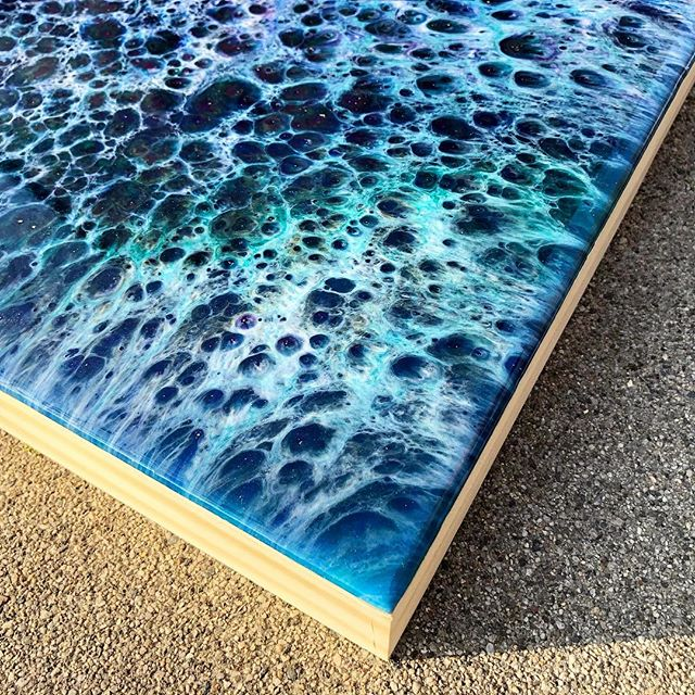 Let's talk about edges... Do you like them clean? Clean but painted or art all the way around?! 😊 • • • #art #artwork #artist #create #resin #resinart #artresin #resinpainting #mixedmedia #fluid #fluidart #fluidpainting #modernart #abstract #abstractart #etsyseller #etsyartist #artforsale #artoninstagram #artistoninstagram #opulentstudio