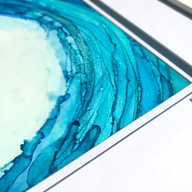 Thinking about tropical vacations 🌊 and how framing can completely transform a painting 💙 • • • •  #alcoholink #alcoholinkart #inkart #art #artwork #artist #create #acrylic #resin #resinart #artresin #mixedmedia #liquitex #goldenpaints #fluid #fluidart #fluidsoul #fluidpainting #flow #modernart #abstract #abstractart #artforsale #artoninstagram #etsy #etsyshop #etsyseller #opulentstudio