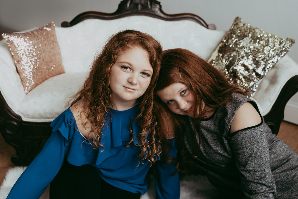 red haired girls in blue and gray sweaters - Lifestyle Family Photographer Minnetonka