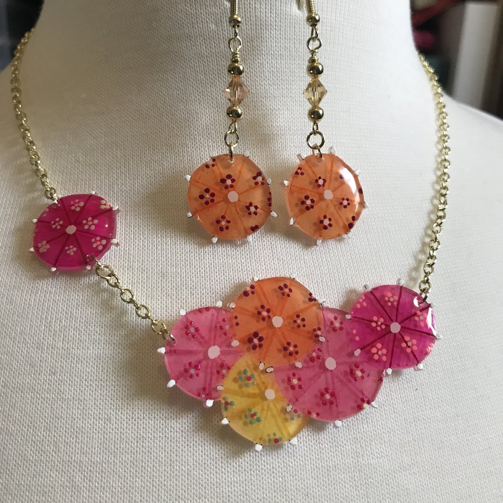 Summer Cocktails Statement Necklace Set - Inspired by the cocktail umbrellas on those summery drinks, this necklace just screams sunshine and lazy days by the pool.