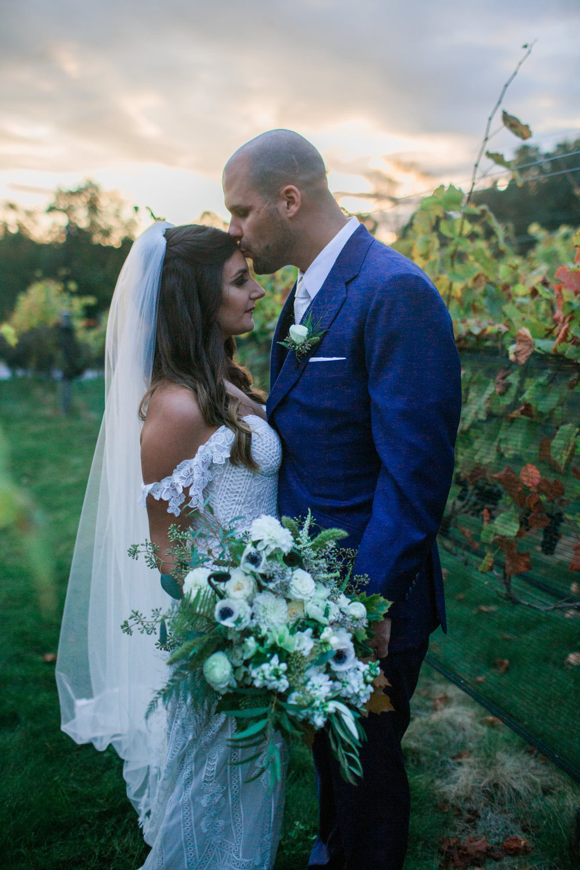 Jillian-rollins-photography-top100-capecodphotographer-maphotographer-wedding-photographer-newport-wedding-2.jpg