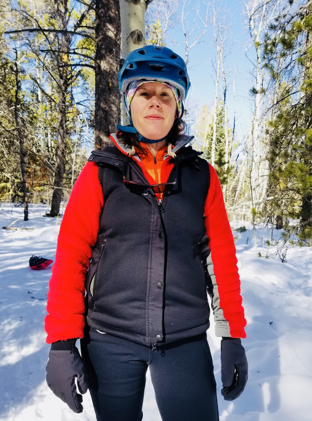 - Can I tell you how much i love the hardface fleece? It brings a startling amount of heat for being a vest, yet doesn't make you hot (?!?!) Science! It's partially the wind block in the fleece. I wear it for product testing. Here's me taking it on a wintery snow bike ride.