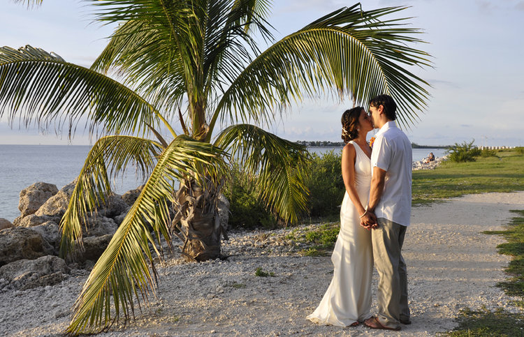 NICOLE + DAVID | FORT ZACHARY TAYLOR WEDDINGS