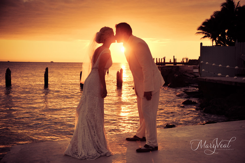 JENNIFER + CHRISTIAN | THE SOUTHERNMOST HOUSE WEDDINGS