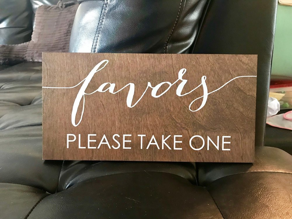 SM Rustic Favor Sign