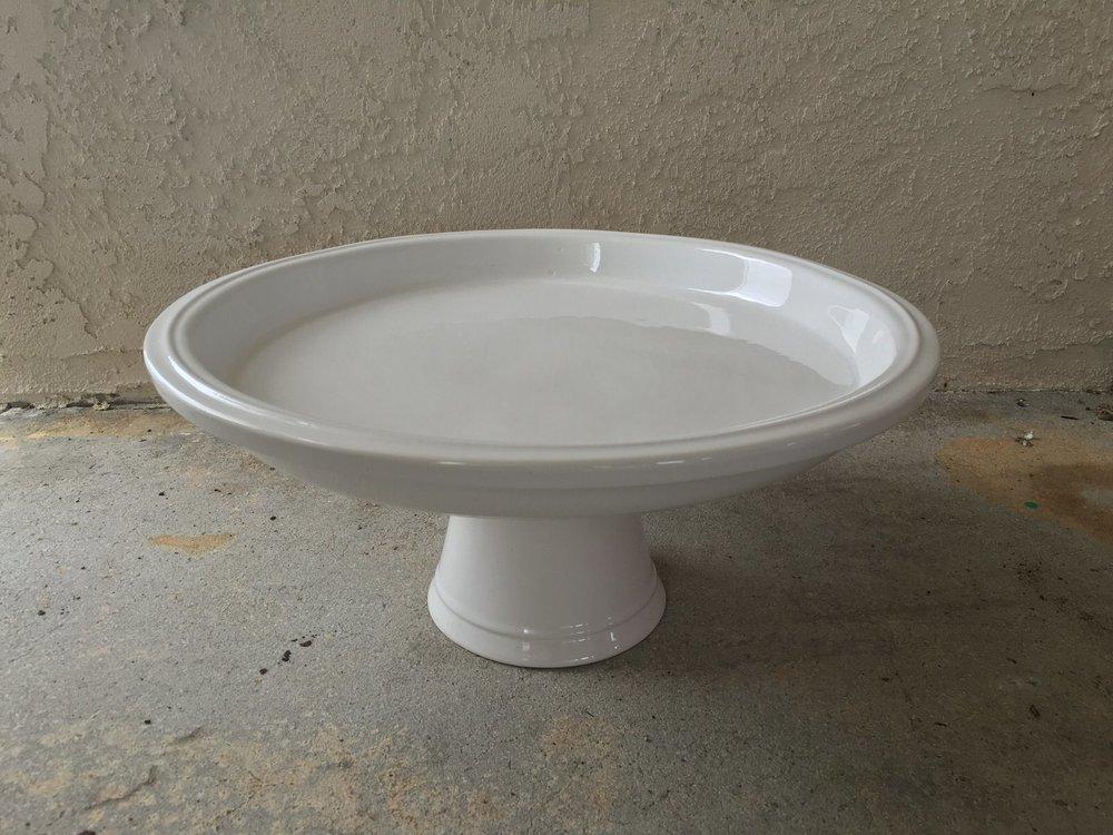 LG White Cake Stand