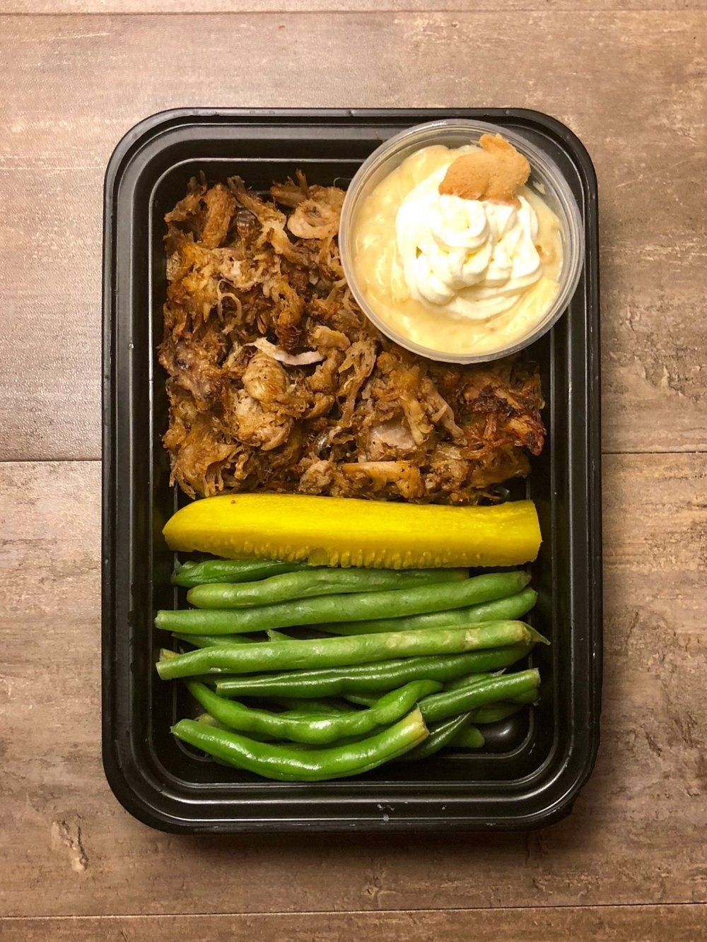 Pulled Pork with Green Beans and Banana Pudding