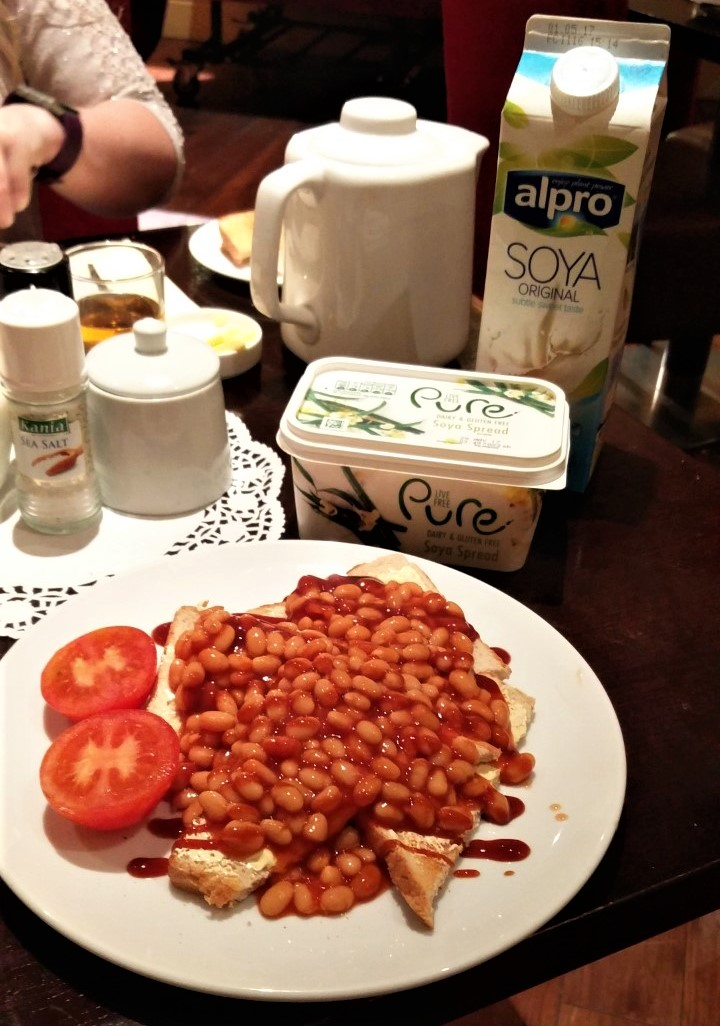 Standard hotel breakfast in Ennis (Ireland) complete with my own milk and butter! Wee bit of brown sauce and you're set for a day of exploring.