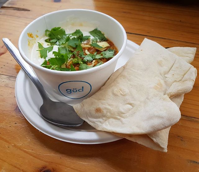 I've said it before and I'll say it again, @gudvegan is my favourite place in Manchester to get some yummy vegan scran. This Tarka Daal from yesterday was delicious! Served with a freshly rolled flatbread & Soy Yoghurt. If you haven't been to @gudvegan yet... then get your asses there. You won't be disappointed! #tarkadaal #daal #gudvegan #güdvegan #altrinchammarket #altrincham ... #curry #veganfoodporn #tastyveganfood #veganfoodshare #vgang #vegansofmanchester #vegansofinstagram #ukvegan #vegansuk #manchester #manchestervegan #mcrvgn #manchesterfoodie #instafoodie #deliciousfood #manchesterblogger #veganblogger #blogger #easytobevegan #definitelyvegan 💚✌️🌱