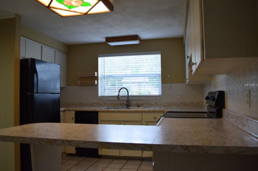 10711 N. Ojus Dr. - Kitchen