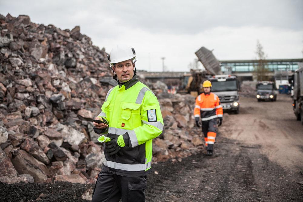 Lindström Group, näkyvät työvaatteet, 2015