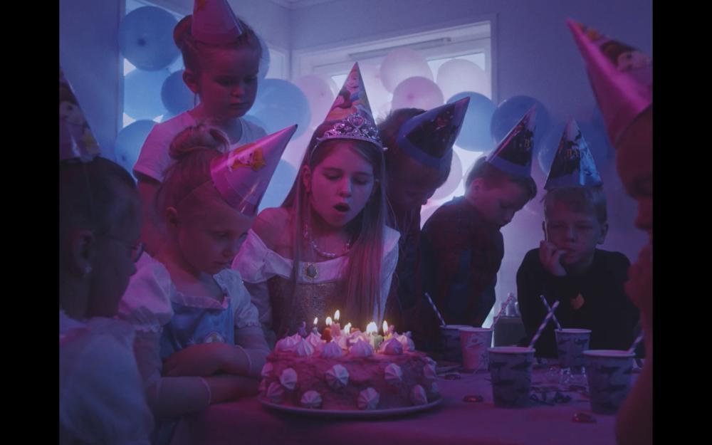 Still Fra Aurora Gossè sin musikkvideo, Echo.