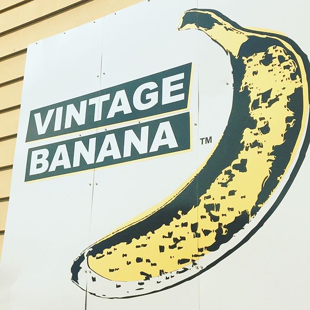🍌 I'm bananas for cute design! This place was closed when I walked by, but at least the sign was cool! . . . . #design #graphicdesign #art #creative #branding #marketing #banana #sign #advertising #digitalart #graphics #designer #inspiration #inspo