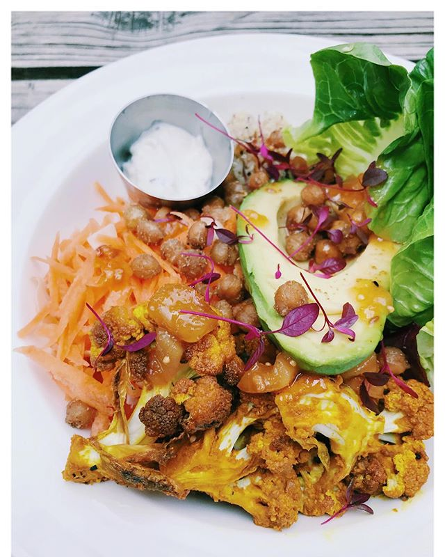 Buddha bowl deliciousness @sparksyardarundel 👌🏻✨