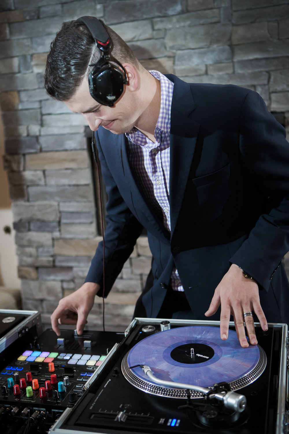 <p><strong>Disk Jockeys</strong>Professional DJs who provide an unforgettable experience!<a href=/professional-djs>Learn More →</a></p>
