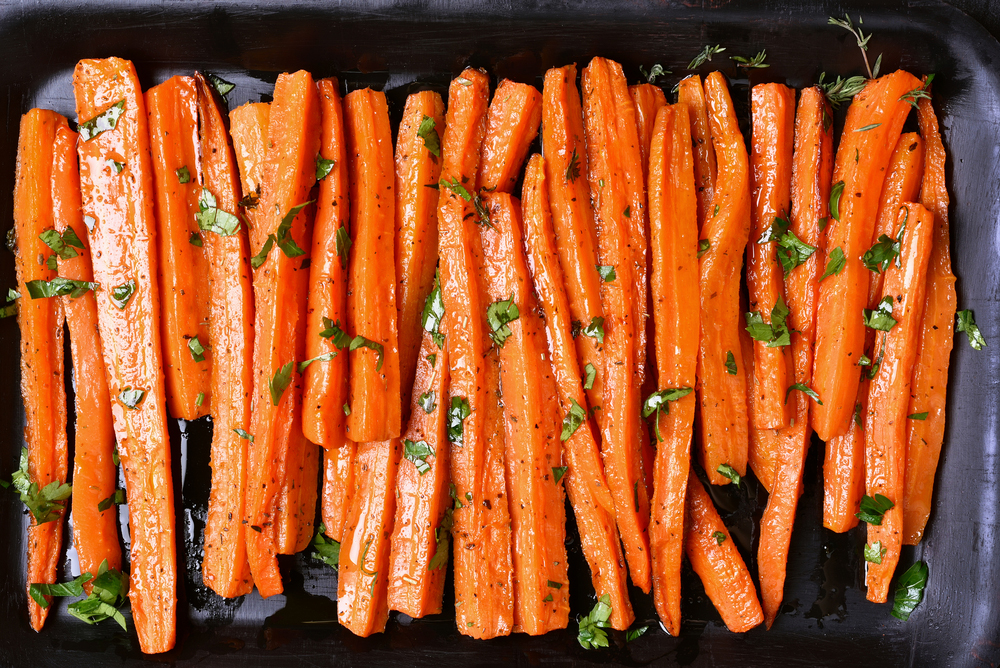 Roast Carrots - Pomegranate Glaze + Fresh Thyme + Blend No.70