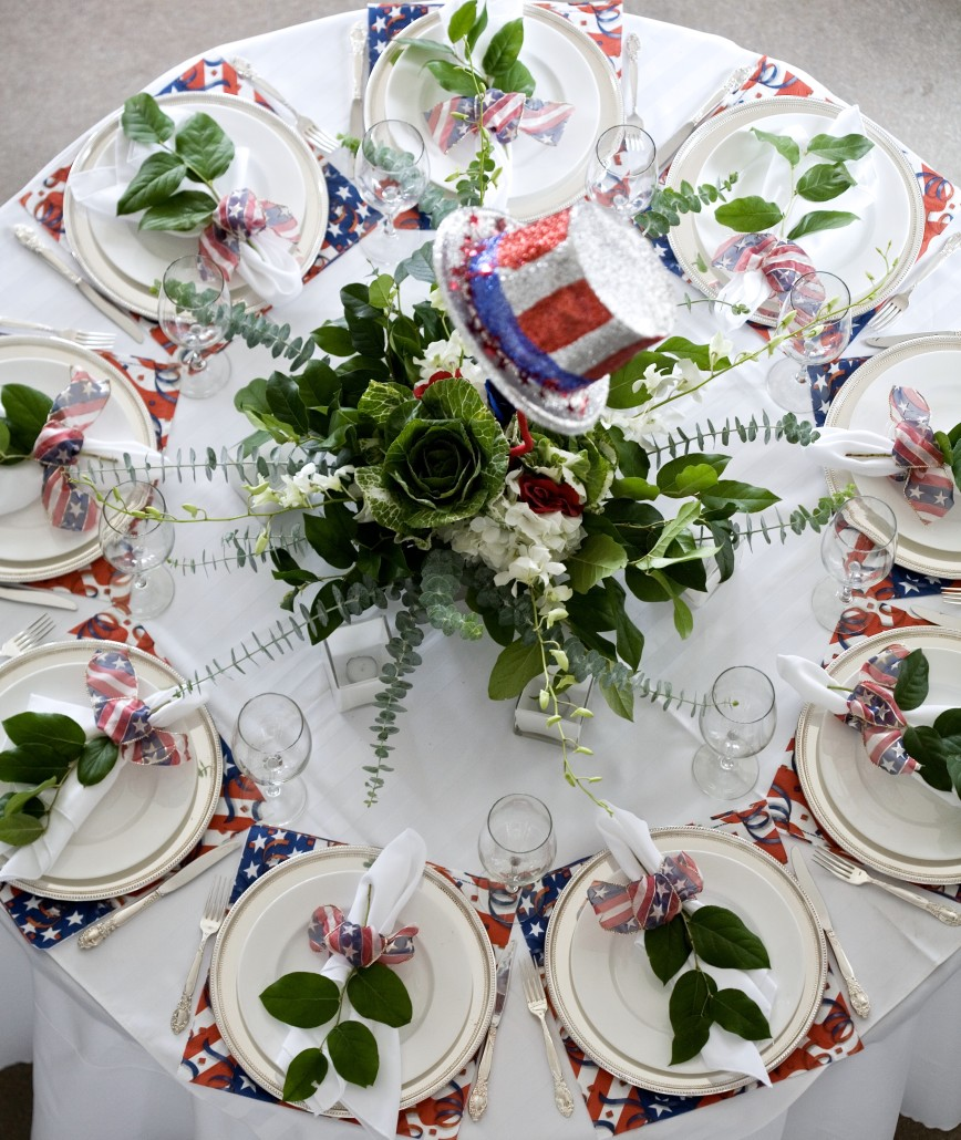 Getting Creative with Napkins - THEME | 4th of JulyTablescape Ideas