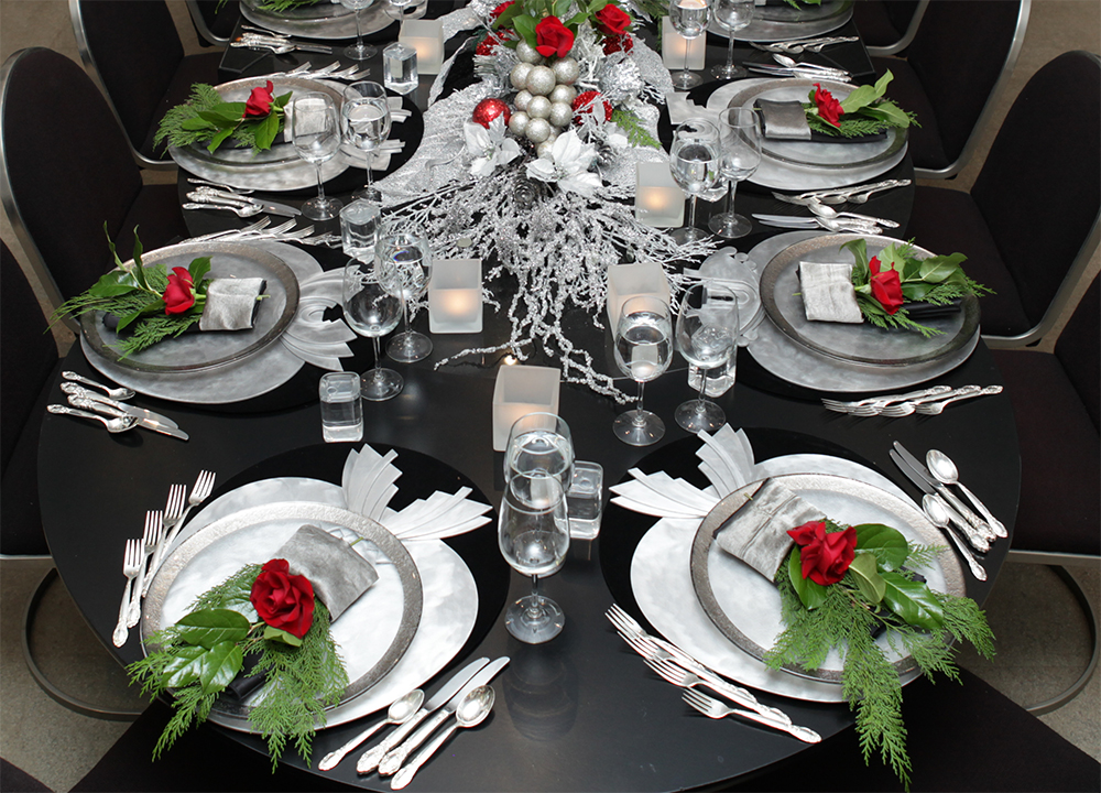 HS_Holiday_Xmas_Tablescape_2016IMG_crop_9653.jpg