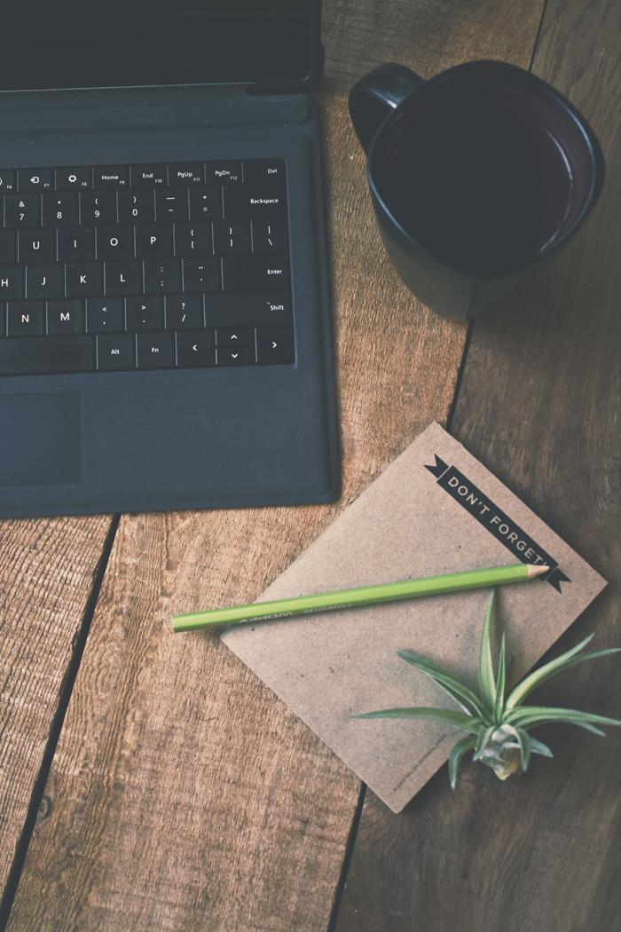 Custom Brand Photography for Erin Flynn | Planq Studio | Custom stock photos | Brand photography | Blog photography | Prop styling | Photo styling | Visual marketing