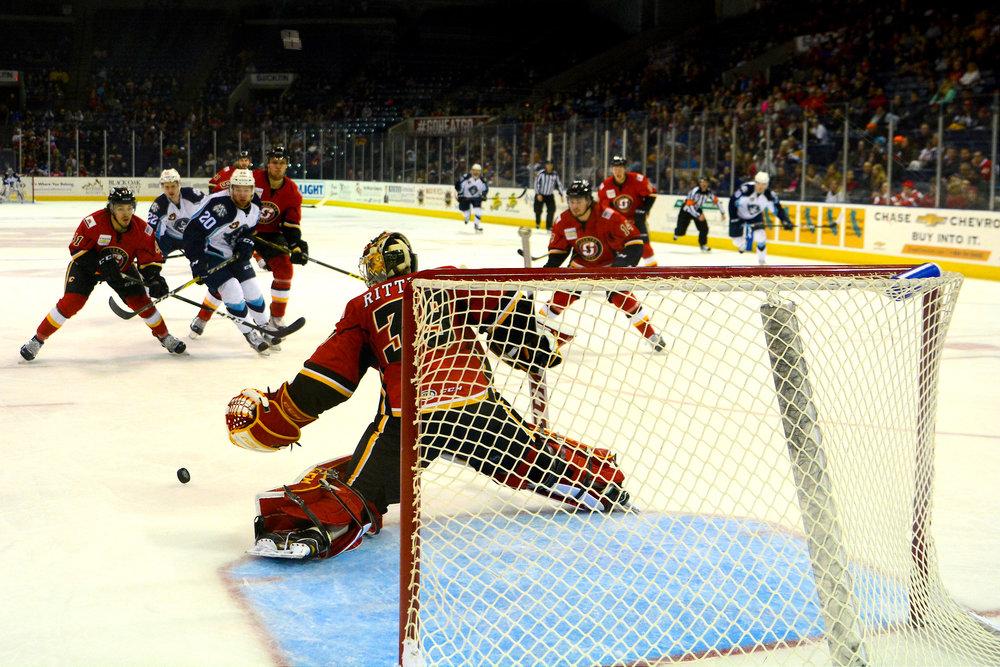 Hockey-0030.jpg