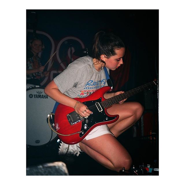 @hindsband live at @uhalldc. Film photography by @_d.miller_ for Teal Magazine. Check the link in our bio. Film stock: @agfa_photo Vista 200 Camera: Olympus Stylus #35mm