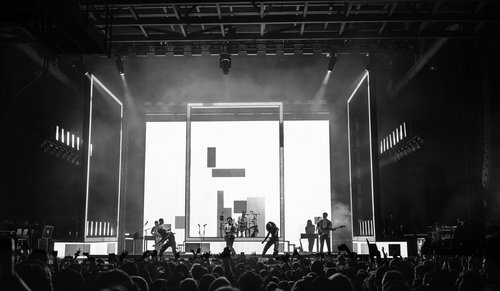 Concert Gallery The 1975 In Richmond Virginia Teal Magazine