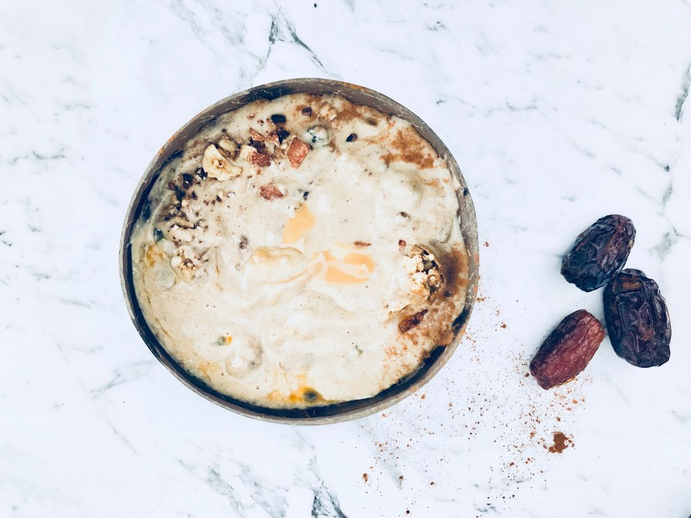- Ingredients2 frozen bananas (Mood-boosters)  1 cup unsweetened almond milk 1 to 2 Medjool dates, pitted (Digestion-friendly soluble fibre) 1 tablespoon natural almond butter (Healthy fat) ½ teaspoon pure vanilla extract ¼ teaspoon ground cinnamon Pinch of fine sea salt 1 serving of protein 1 serving of collagenMethod Blend & enjoy with an extra sprinkle of cinnamon and a drizzle of 100% Raw Honey.Serves 2.